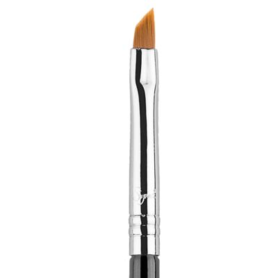 Imagem 4 do produto Pincel Delineador Sigma Beauty E06 Winged Liner Brush - 1 Un