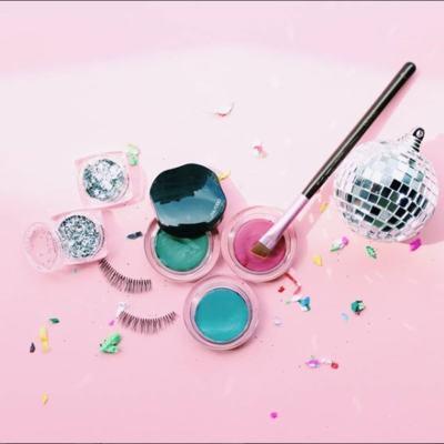 Imagem 5 do produto Shimmering Cream Eye Color Shiseido - Sombra - VI226
