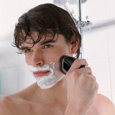 Imagem 4 do produto Barbeador Elétrico Philips AquaTouch AT612 Wet & Dry 3 Cabeças