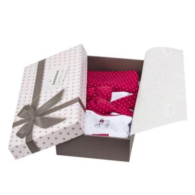 Imagem 7 do produto Kit Maternidade para bebe Noblesse: Body longo + Calça (mijão) + Naninha em suedine - Dedeka - DDK16062 Kit Body Longo com Calça e Naninha Noblesse-P