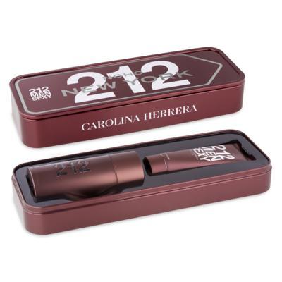 Imagem 2 do produto Carolina Herrera 212 Sexy Men  Kit - Perfume EDT + Gel de Banho - Kit