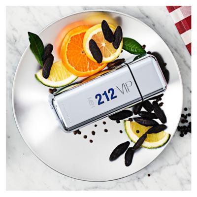 Imagem 5 do produto 212 Vip Men Carolina Herrera - Perfume Masculino - Eau de Toilette - 200ml